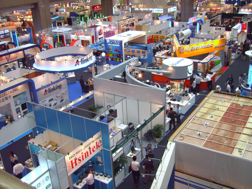 Cost-Effective Ways To Spruce Up Your Trade Show Booth