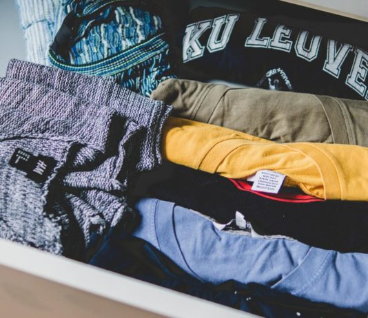 Some Useful Ways to Get Rid of Unwanted Clothes